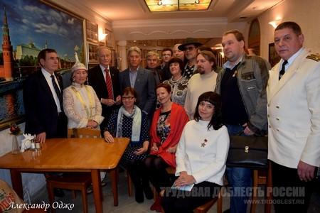Известный одесский поэт член союза писателей украины олег олейников